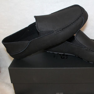 UGG UPSHAW LEATHER SLIPPERS MOCCASSINS NEW!